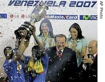 ap_brazil_copa_america_title_15jul07_210.jpg
